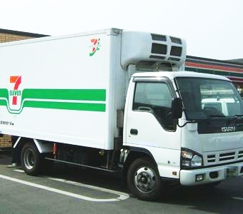 th_Isuzu_elf_for_7-eleven