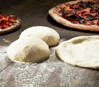 th_Pizza-Dough-Bread-83141