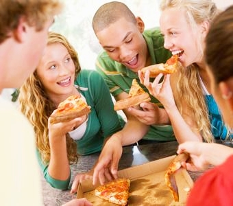 th_pizza-party-1